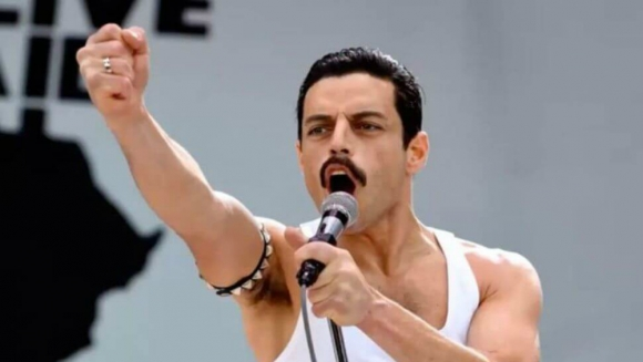 "Rami Malek en ""Bohemian Rhapsody"". Foto: Captura de YouTube"