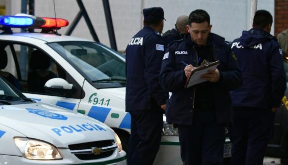 La Policía investiga el secuestro de dos jóvenes. Foto: Fernando Ponzetto