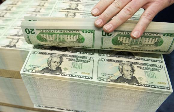 Dólar: se fortaleció respaldado por reunión de la FED. Foto: AFP