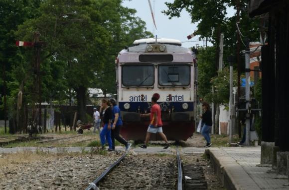 La línea férrea tendrá 273 km e irá desde Montevideo hasta Paso de los Toros. Foto: D. Borrelli