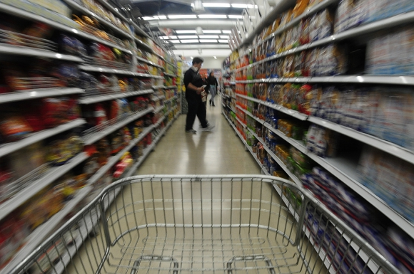 Actividad. El 50% anticipa una caída en el consumo en grandes superficies. (Foto: Fernando Ponzetto)