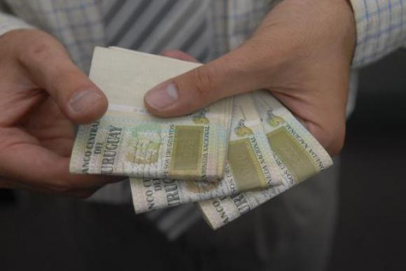 Pesos uruguayos. Foto: Archivo El País