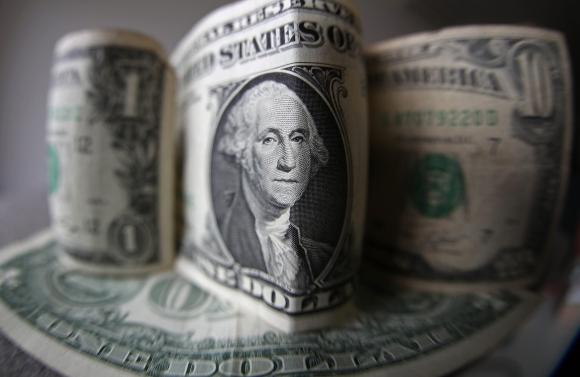 Dólares. Foto: EFE