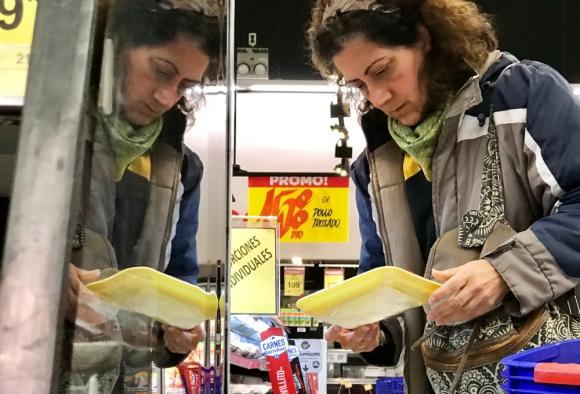 Hay un cambio de hábito en los clientes de los supermercados. Foto: Reuters