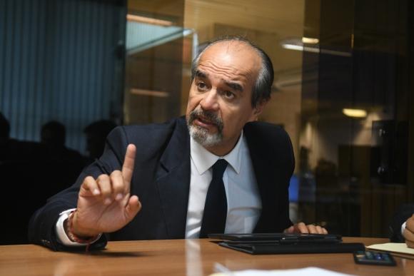 Mauricio Mulder, congresista partidario de Alan García. Foto: F. Flores