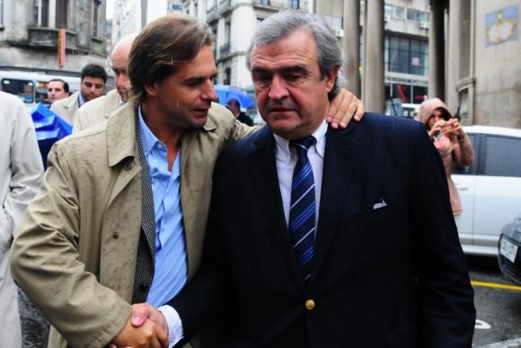 Luis Lacalle Pou y Jorge Larrañaga. Foto: Marcelo Bonjour.