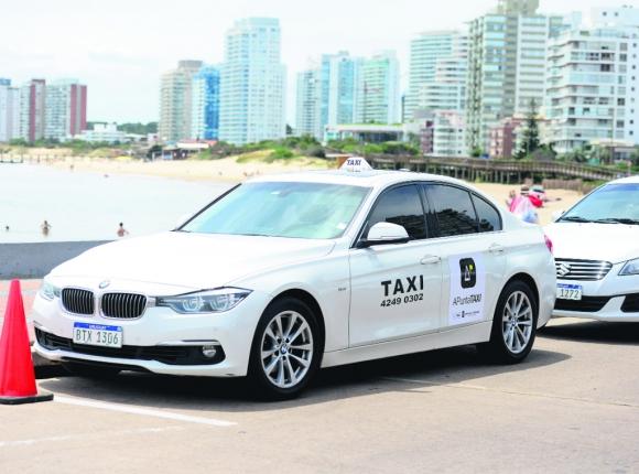 La presentación de la nueva app de los taxistas fue en Punta del Este. Foto: Sebastián Umpierrez