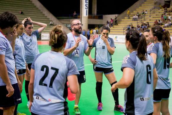 La selección uruguaya de handball femenino. Foto: Twitter.