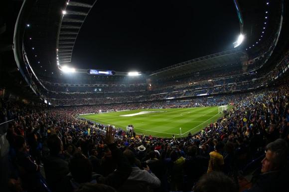 Así está el Santiago Bernabéu para la final de la Copa Libertadores. Foto: EFE