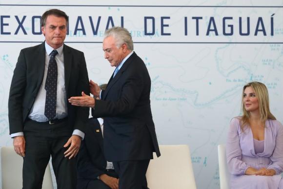 Bolsonaro. El presidente electo de Brasil la semana pasada junto al mandatario saliente Michel Temer. Foto: Reuters.
