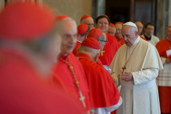 El Papa se ha reunido con víctimas de abusos y pidió perdón en nombre de la Iglesia. Foto: Reuters