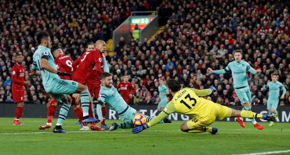 Liverpool y Arsenal por la Premier League. Foto: AFP.