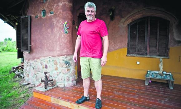 Leo Sala es editor de televisión. Vive en La Tierrita. Foto: F. Ponzetto