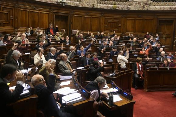 Sesión. La última convocatoria del año en Diputados fue fructífera y permitió aprobar un proyecto relevante para todos los partidos. Foto: archivo El País.