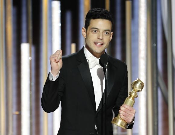Rami Malek y su premio por interpretar a Freddy Mercury. Foto: Reuters