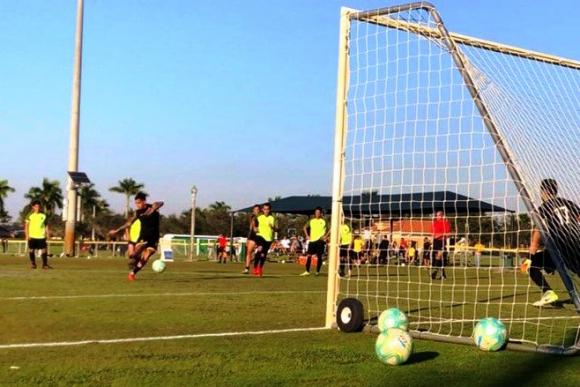 Gol de Penal de Rodrigo Piñeyro. Foto: Peñarol