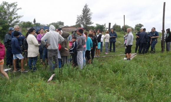 En Salto decenas de personas quieren construir un asentamiento. Foto: Luis Pérez