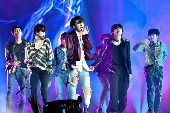 BTS: la banda aporta millones de dólares en la economía del país. Foto: Reuters
