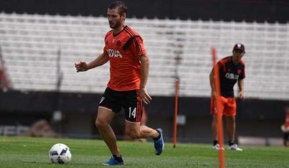 Joaquín Arzura en River Plate