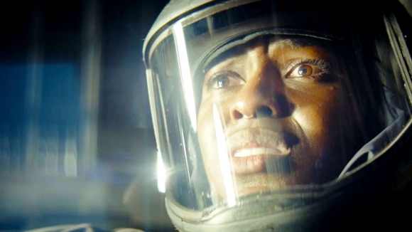 "La serie ""Nightflyers"" se inspira en la obra de George R.R. Martin. Foto:Netflix"
