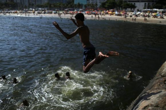 Las sensaciones térmicas superaron los 45°C. Foto: Reuters