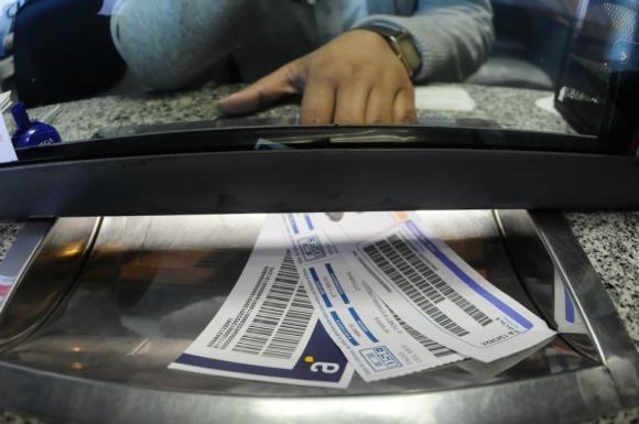 Los ajustes de tarifas explicaron buena parte de la inflación. Foto: F. Ponzetto