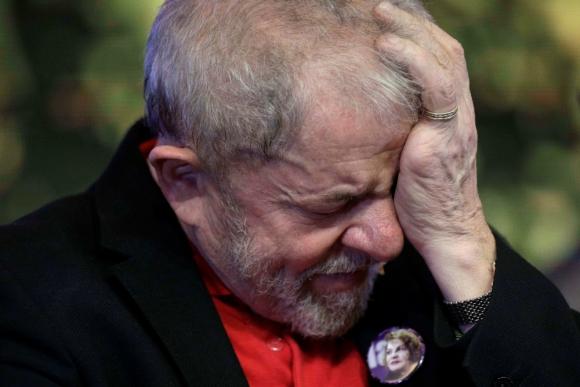 La sentencia de ayer le suma casi 13 años a los 12 que ya tenía; en Brasil las penas son acumulables pero no pueden superar los 30 años. Foto: Reuters