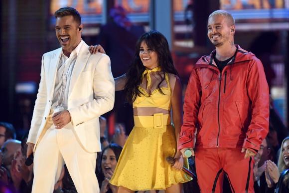 Ricky Martin, Camila Cabello y J Balvin se encargaron de abrir la fiesta de la música