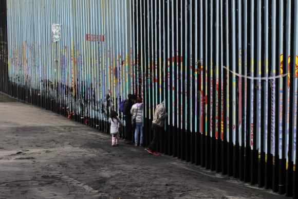 Muro: el proyecto de Trump 376 kilómetros a las barreras ya existentes. Foto: AFP