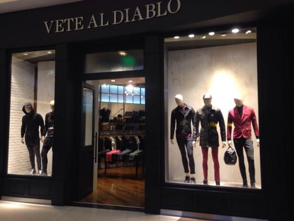 Vete al Diablo. Una expresión popular que inspiró el nombre de una tienda de indumentaria en Argentina.