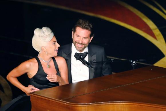 Lady Gaga y Bradley Cooper. Foto: Reuters