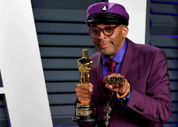 """Spike Lee finalmente ganó el Oscar, como guionista por """"El infiltrado del KKKlan"""""""