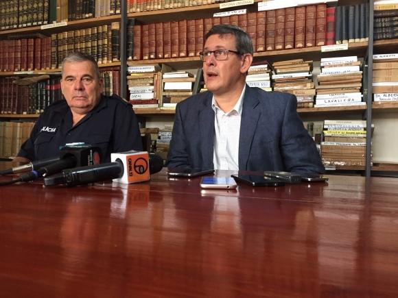 El fiscal de Corte Jorge Díaz y el jefe de Policía de Cerro Largo, Wilfredo Rodríguez. Foto: Néstor Araújo