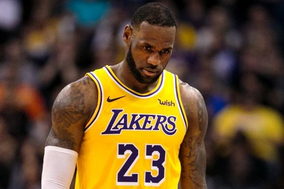 El sueño de LeBron James de potenciar a los Lakers no se está cumpliendo
