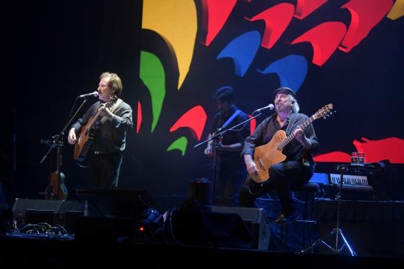 Braulio López y el Pepe Guerra en el Antel Arena. Foto: Marcelo Bonjour