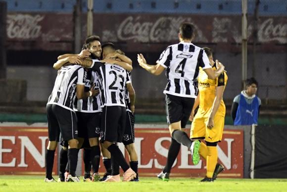 Wanderers festejó ante Peñarol. Foto: Gerardo Pérez