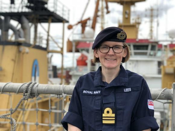 Claire Lees se desempeña como encargada de logística. Foto: Mariana Malek