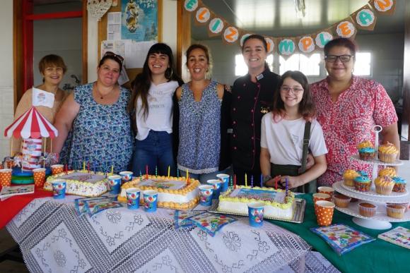 """La idea a largo plazo es brindar talleres para que la familia del niño haga la torta"", explica D´Albora. Foto: Ricardo Figueredo"