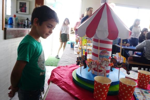 Siempre que realizan un producto, buscan que sea similar para no hacer diferencias con los niños. Foto: Ricardo Figueredo