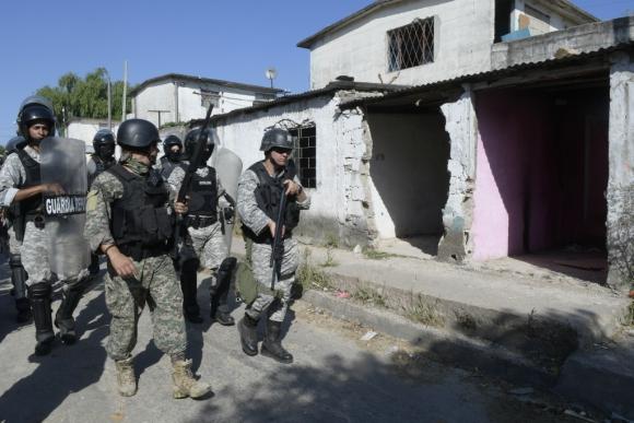 Las intervenciones policiales conocidas como Operativos Mirador tuvieron el objetivo de desbaratar las bocas de venta y golpear directamente al narcotráfico. Foto: Marcelo Bonjour