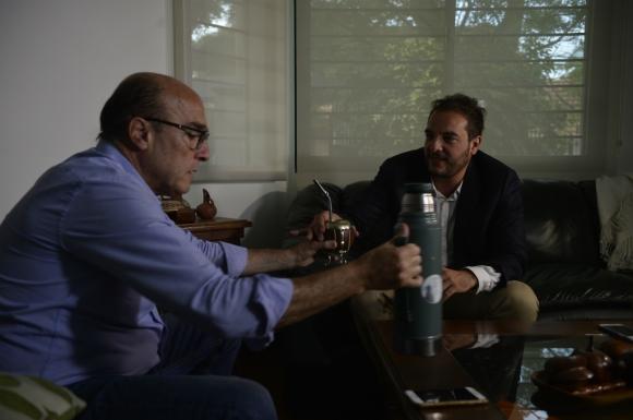 Este lunes, Di Candia fue a hablar con Martínez a su casa. Allí ratificaron que el prosecretario sería el intendente. Foto: Gerardo Pérez