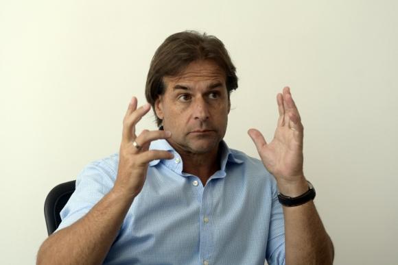 Luis Lacalle Pou, precandidato por el Partido Nacional. Foto: Marcelo Bonjour