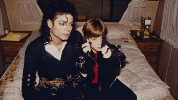 Michael Jackson junto a James Safechuck. Foto: Difusión.