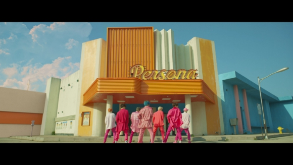 "BTS - ""Boy With Luv"""