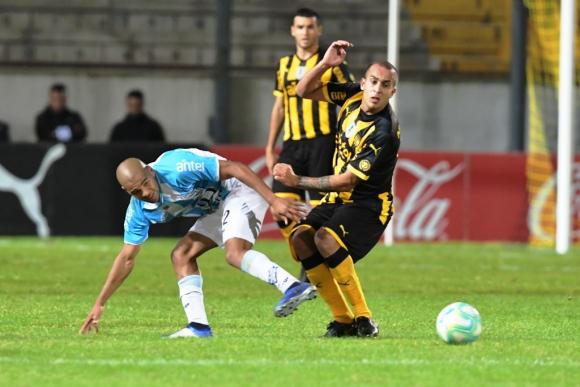 Peñarol vs. Cerro