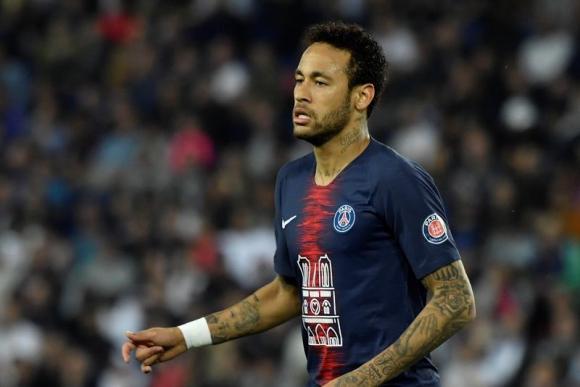 """Neymar, sancionado tres partidos por """"insultar"""" a los árbitros. Foto: EFE"""