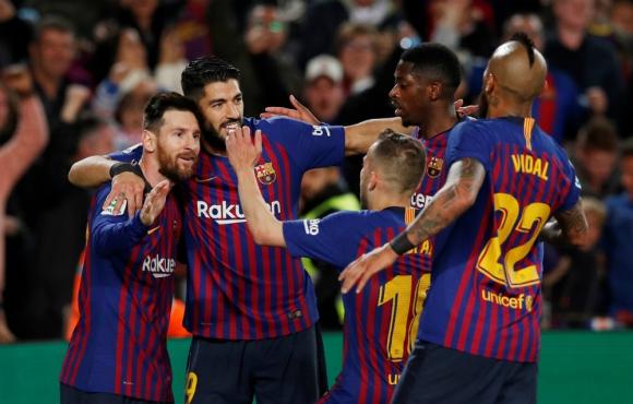 Jugadores del Barcelona celebran el gol de Messi. Foto: Reuters.
