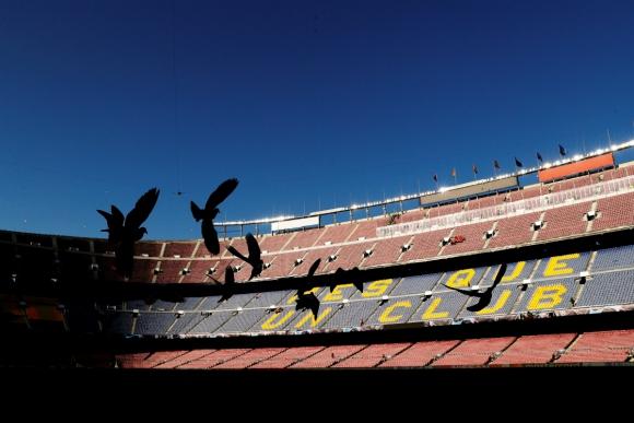 El Camp Nou en la previa del duelo entre Barcelona y Liverpool. Foto: Reuters.