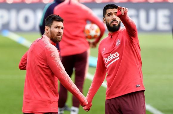 Lionel Messi y Luis Suárez en el entrenamiento de Barcelona