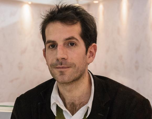 Jul, el artista francés que llega a Montevideo Comics. Foto: Difusión